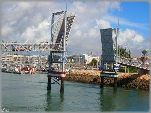 Brücke marina zur Altstadt Lagos Photo by Jose A Flickr